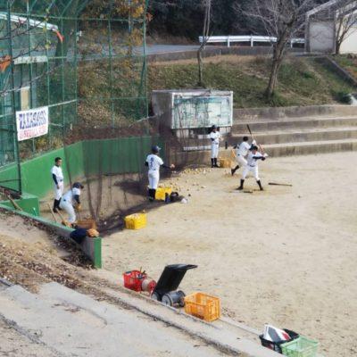 今日は加古川グランドで練習しています。