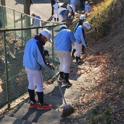 安富スポーツセンターさんの清掃作業